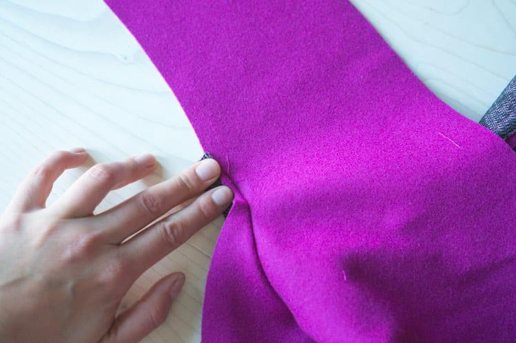 Clare Sewalong_Sewing raglan sleeves-18