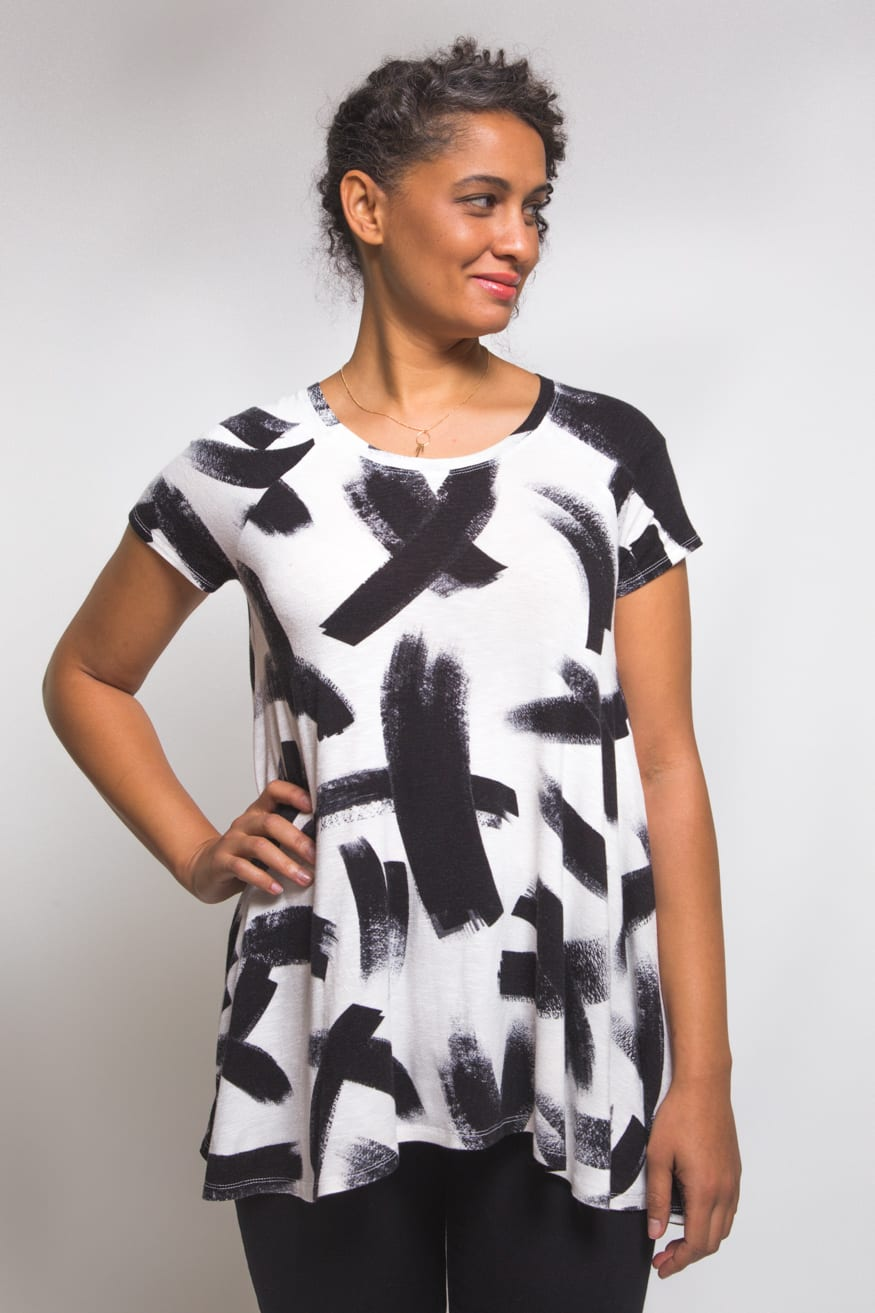 The Ebony Tee // T shirt Pattern // Closet Case Patterns