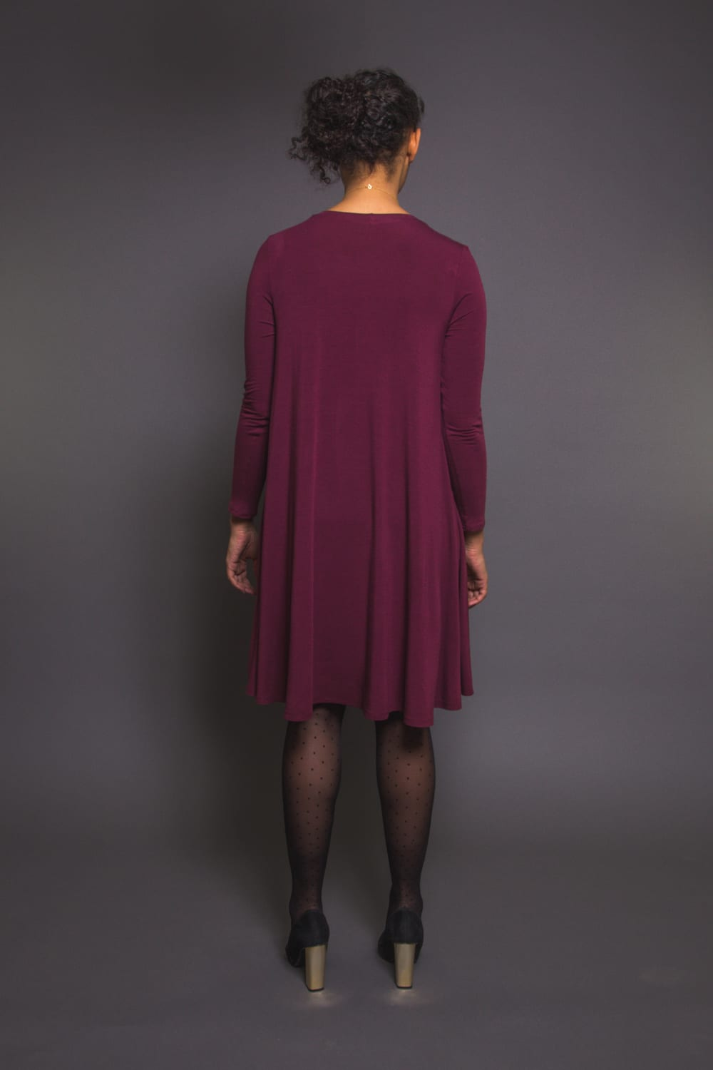 The Ebony Tee // Knit dress pattern // Closet Case Patterns